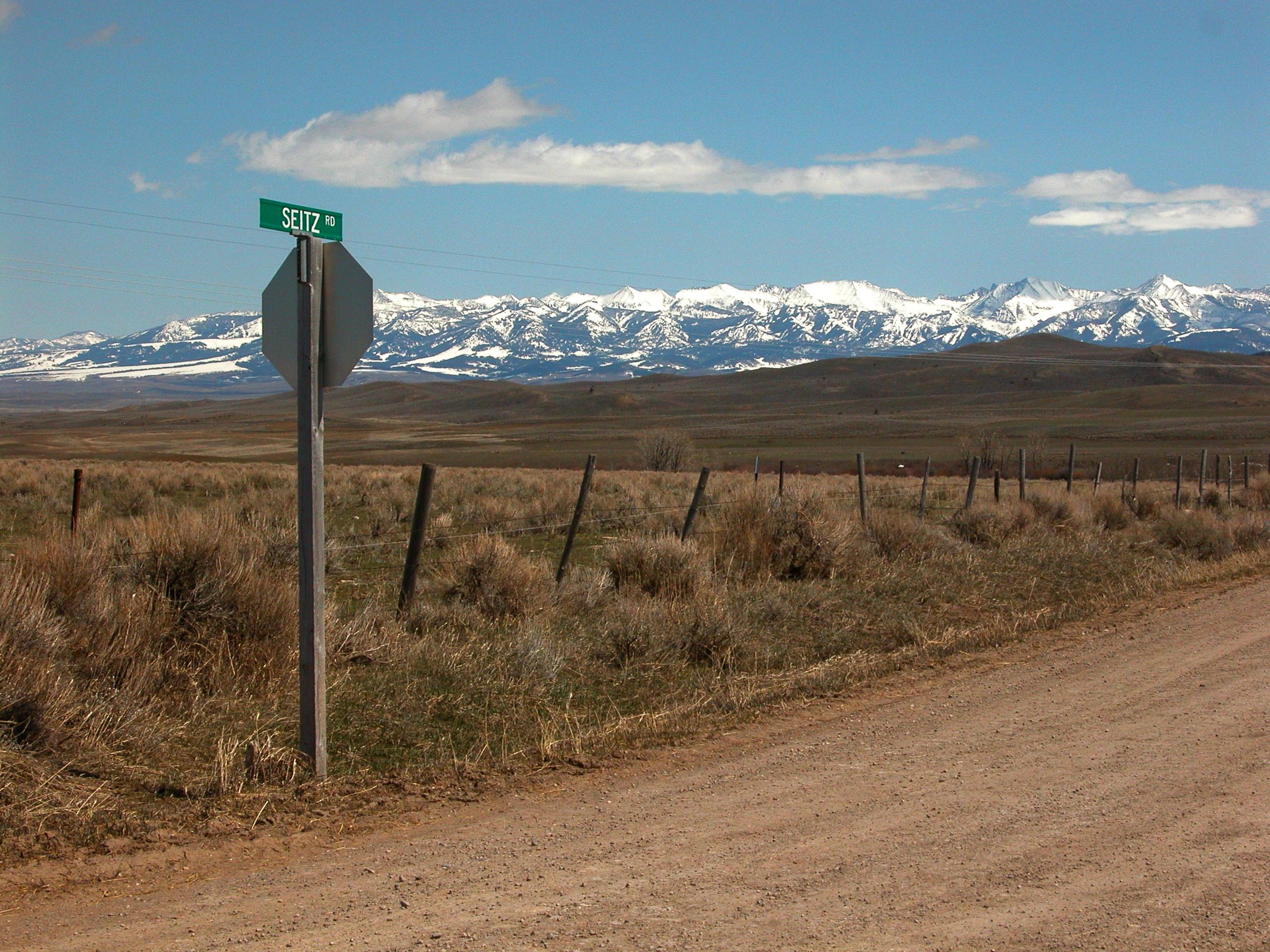 Seitz Road, Sedan